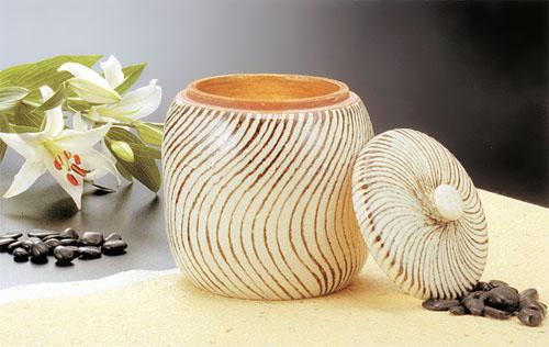 骨壷 葉月窯 ねじり紋(ねじりもん)金塗(サイズは3種類) 骨壷